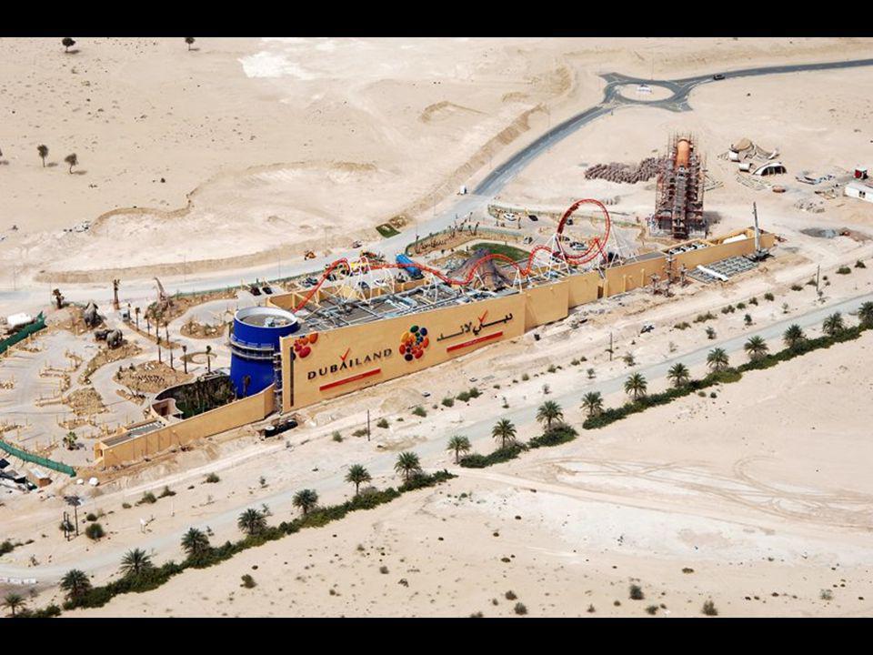 Dubailand Dnes je největším souvislým zážitkovým parkem světa Walt Disney World Resort v Orlandu, a tím též největším zaměstnavatelem v USA s 58 000 z