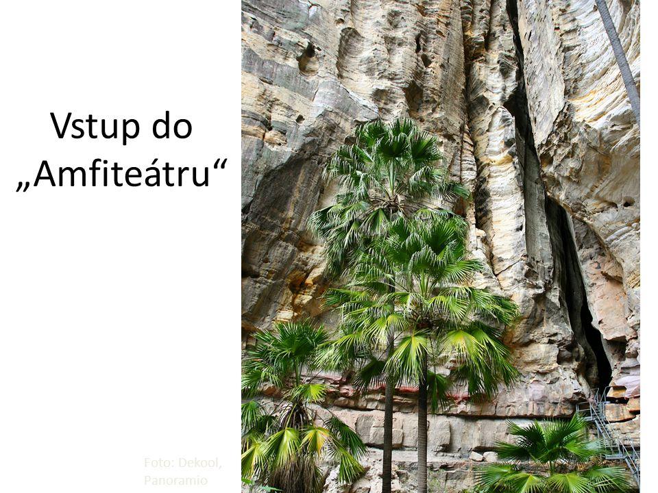 "Vstup do ""Amfiteátru"" Foto: Dekool, Panoramio"