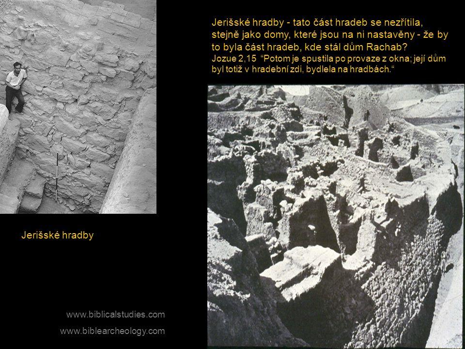 Jerišské hradby Jerišské hradby - tato část hradeb se nezřítila, stejně jako domy, které jsou na ni nastavěny - že by to byla část hradeb, kde stál dů