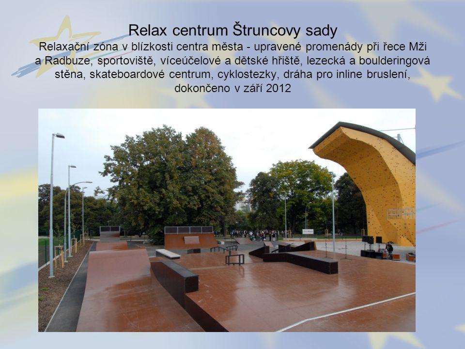 Relax centrum Štruncovy sady Relaxační zóna v blízkosti centra města - upravené promenády při řece Mži a Radbuze, sportoviště, víceúčelové a dětské hř