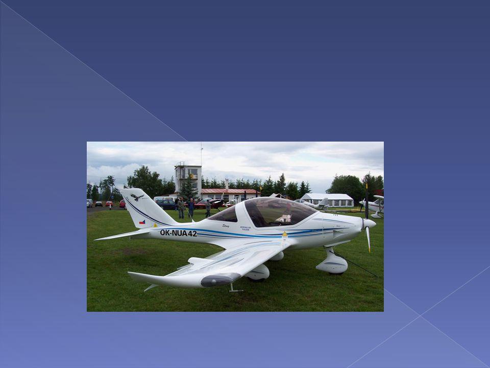 Posádka vrtulníku odstartovala z letiště Hosín a nejprve provedla let na malé výšce, po okruhu v trvání cca 10 minut.