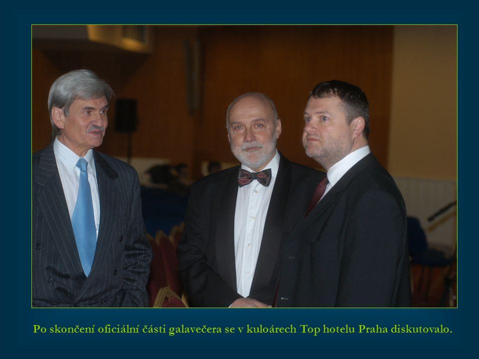 Po skončení oficiální části galavečera se v kuloárech Top hotelu Praha diskutovalo.