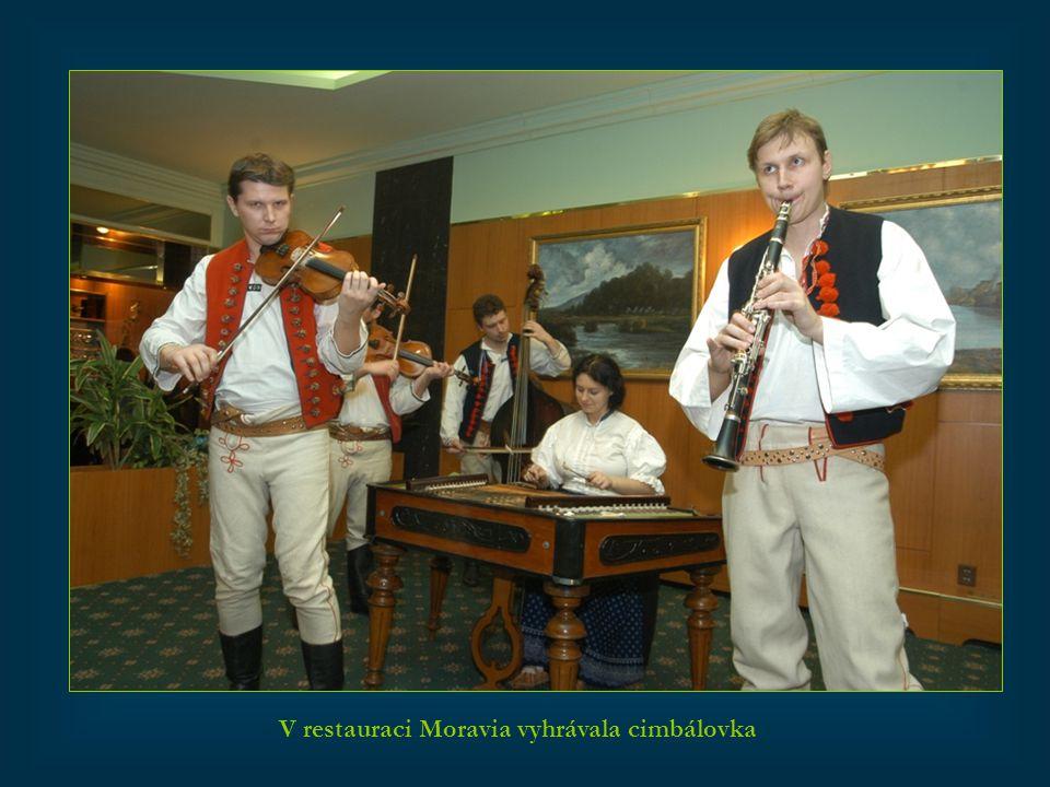 V restauraci Moravia vyhrávala cimbálovka