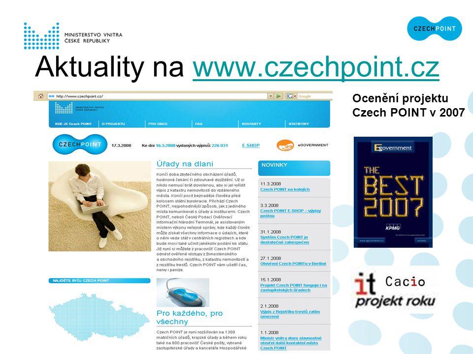 """Hlavní cíl projektu """"Obíhat musí data, ne občan! V budoucnu bude mít občan přístup k veřejné správě nejen z kontaktních míst Czech POINT, ale rovněž prostřednictvím internetu."""