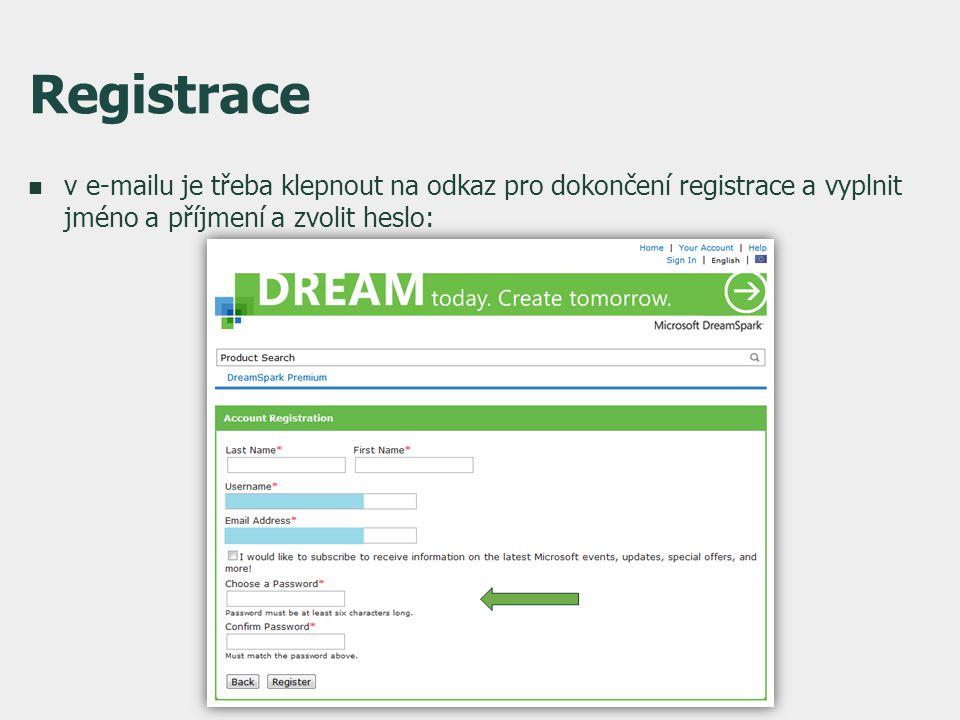 Registrace  v e-mailu je třeba klepnout na odkaz pro dokončení registrace a vyplnit jméno a příjmení a zvolit heslo:
