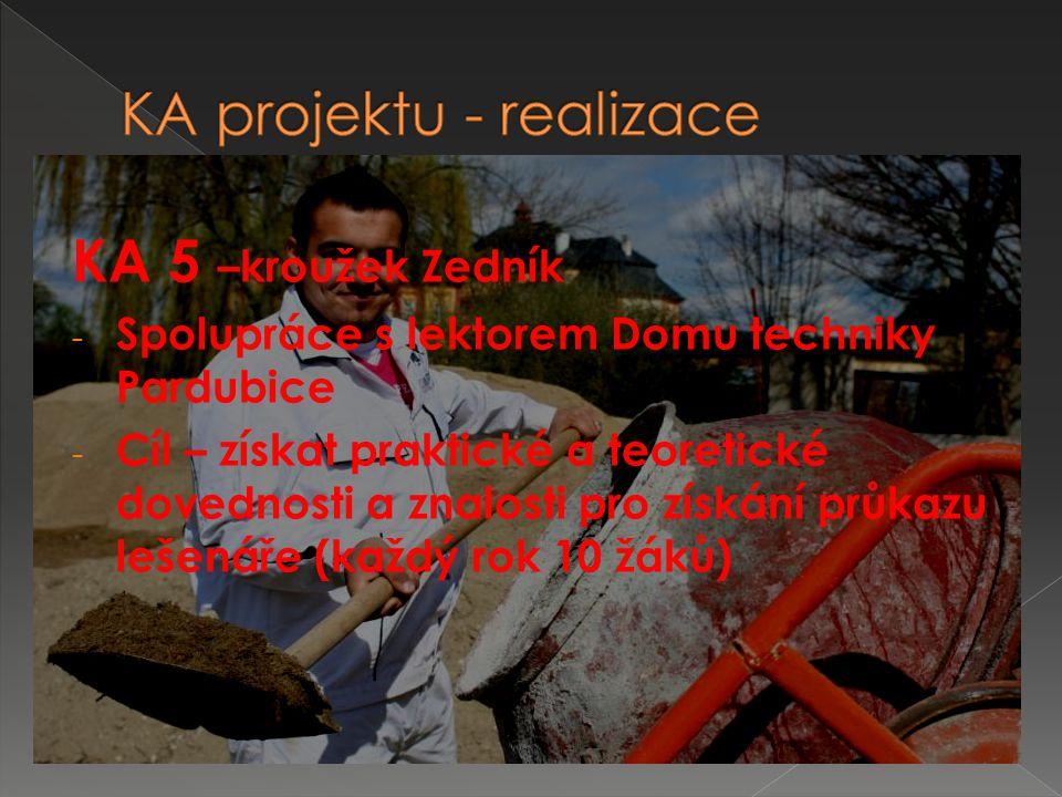  9)Základní škola Lanškroun, nám.A.
