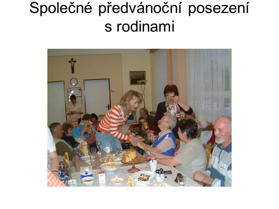 Společné předvánoční posezení s rodinami
