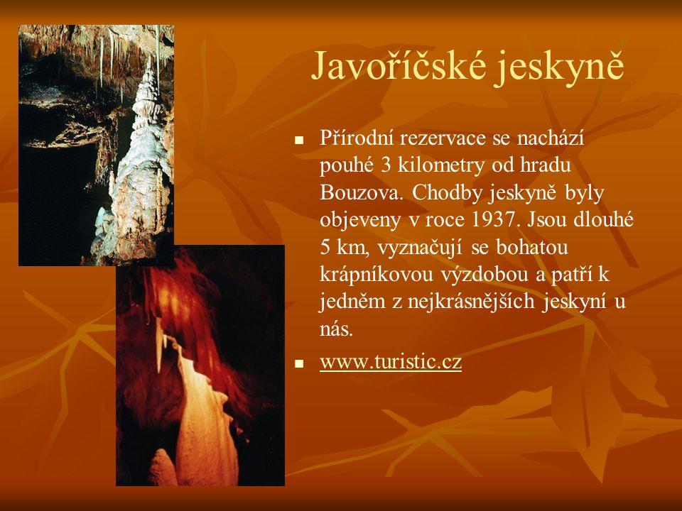 Milovy   Významné rekreační středisko a východisko túr do nejkrásnější části Žďárských vrchů.