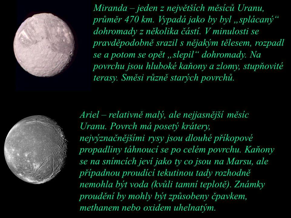 """Miranda – jeden z největších měsíců Uranu, průměr 470 km. Vypadá jako by byl """"splácaný"""" dohromady z několika částí. V minulosti se pravděpodobně srazi"""
