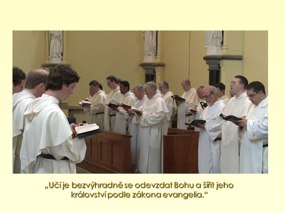 """""""Poslal je do celého světa s příkazem: """"Jděte tedy, získejte za učedníky všechny národy… (Mt 28,19)."""
