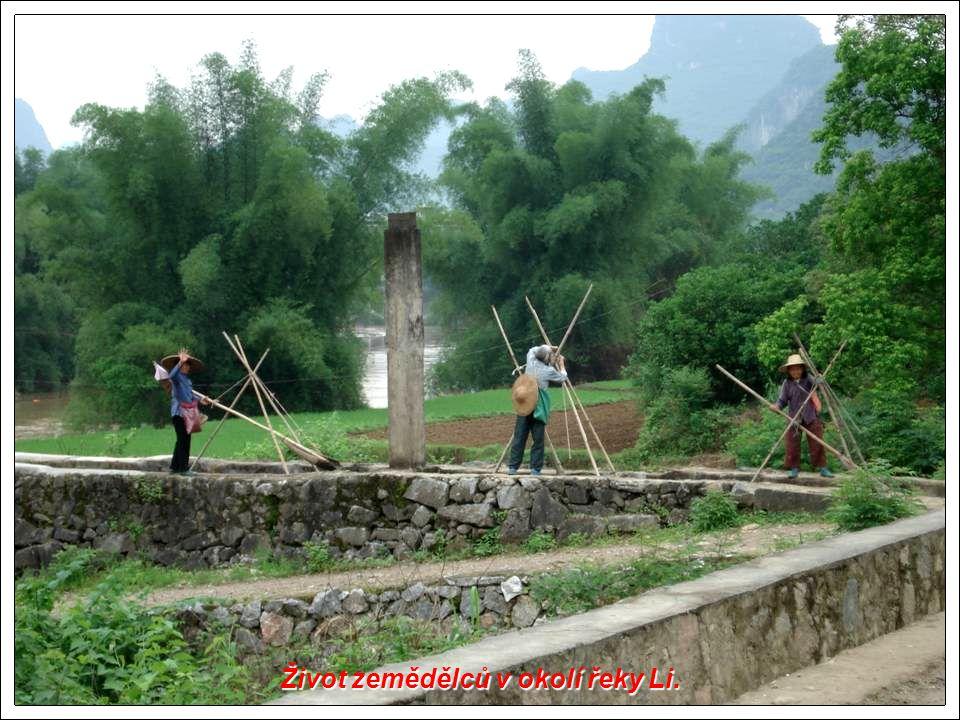 Život zemědělců v okolí řeky Li.