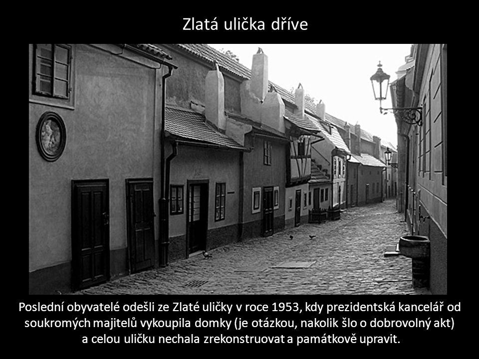 http://sechtl-vosecek.ucw.cz/cml/fotografie/foto0794.html fotografie Zlaté uličky pochází asi z 19.