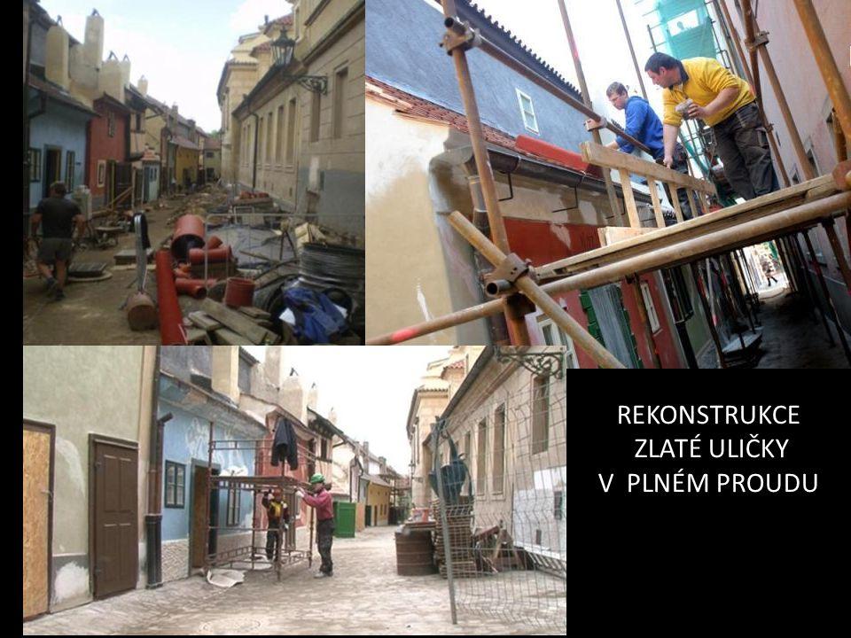 archeologové: u vstupní části odkryli torzo románské kamenné hradby z doby knížete Soběslava I.