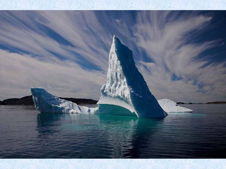 Polární den se nazývá jev, který nastává za polárním kruhem, kdy po dobu nejméně jednoho dne Slunce nezapadne pod horizont.
