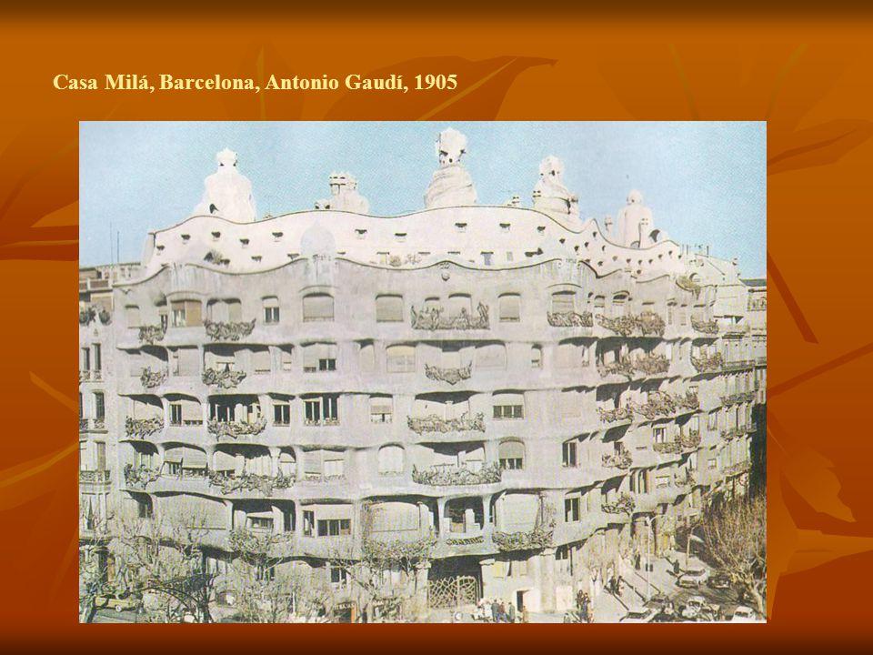 Casa Milá, Barcelona, Antonio Gaudí, 1905