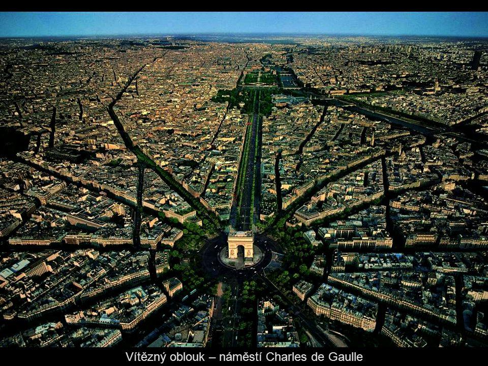 Vítězný oblouk – náměstí Charles de Gaulle