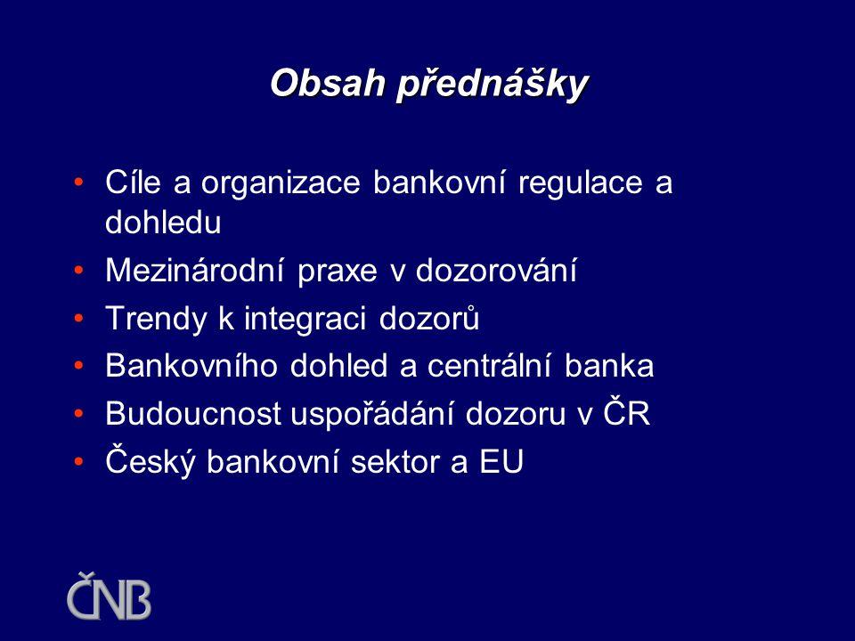 Bankovní dohled a stabilita finančního systému Hradec Králové březen 2004 Jan Frait