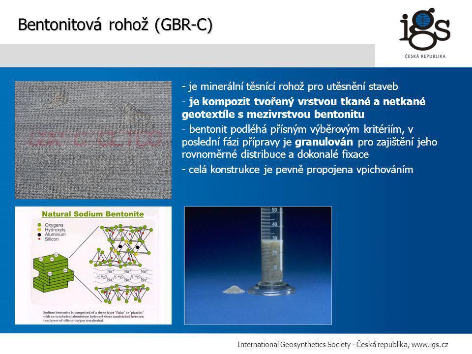 International Geosynthetics Society - Česká republika, www.igs.cz - je minerální těsnící rohož pro utěsnění staveb - je kompozit tvořený vrstvou tkané a netkané geotextíle s mezivrstvou bentonitu - bentonit podléhá přísným výběrovým kritériím, v poslední fázi přípravy je granulován pro zajištění jeho rovnoměrné distribuce a dokonalé fixace - celá konstrukce je pevně propojena vpichováním Bentonitová rohož (GBR-C)