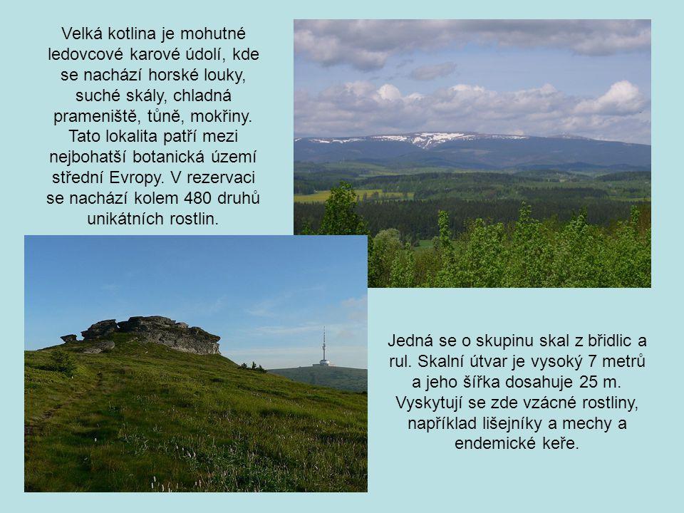 Lázně Karlova Studánka vznikly v roce 1785 na místě staré železářské osady Hubertov.