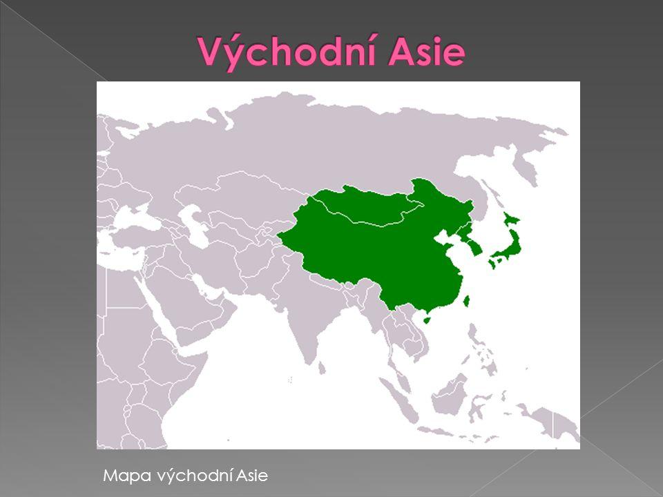 • Velká část asijské pevniny • Množství ostrovů při východním pobřeží • Obklopuje ji Tichý oceán • Do Tichého oceánu vybíhá hornatý Korejský poloostrov