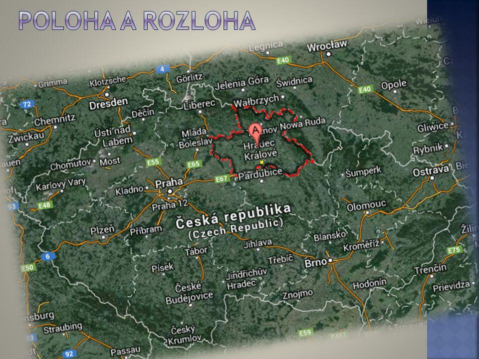  Rozloha činí celkem 4 758 km²  Královéhradecký kraj se nachází v severovýchodní části Čech.