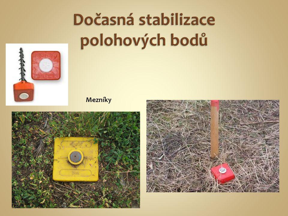 Značkovací sprej Plastová hlava k trnům Mezník- hraniční trn