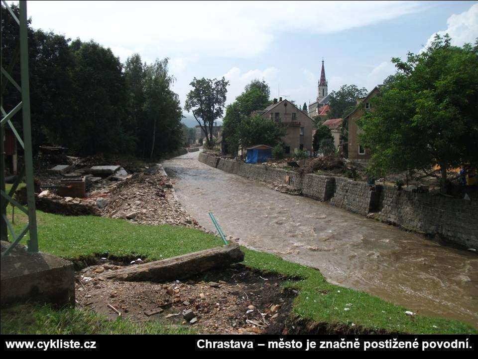 www.cykliste.czChrastava – město je značně postižené povodní.