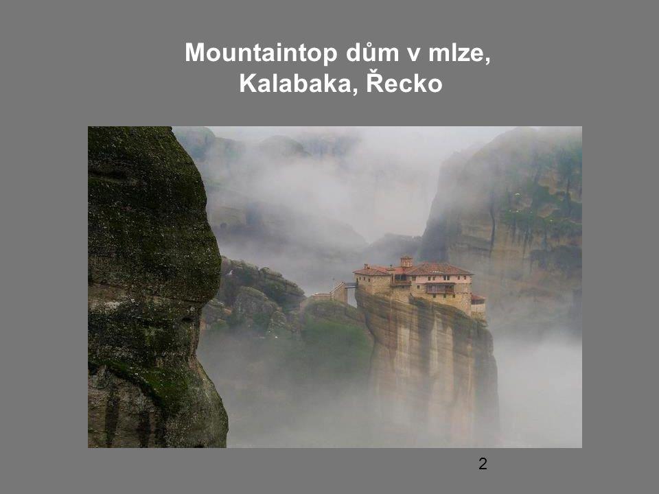 2 Mountaintop dům v mlze, Kalabaka, Řecko