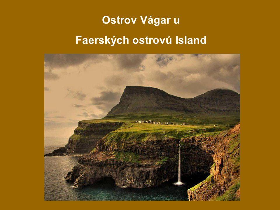 3 Ostrov Vágar u Faerských ostrovů Island