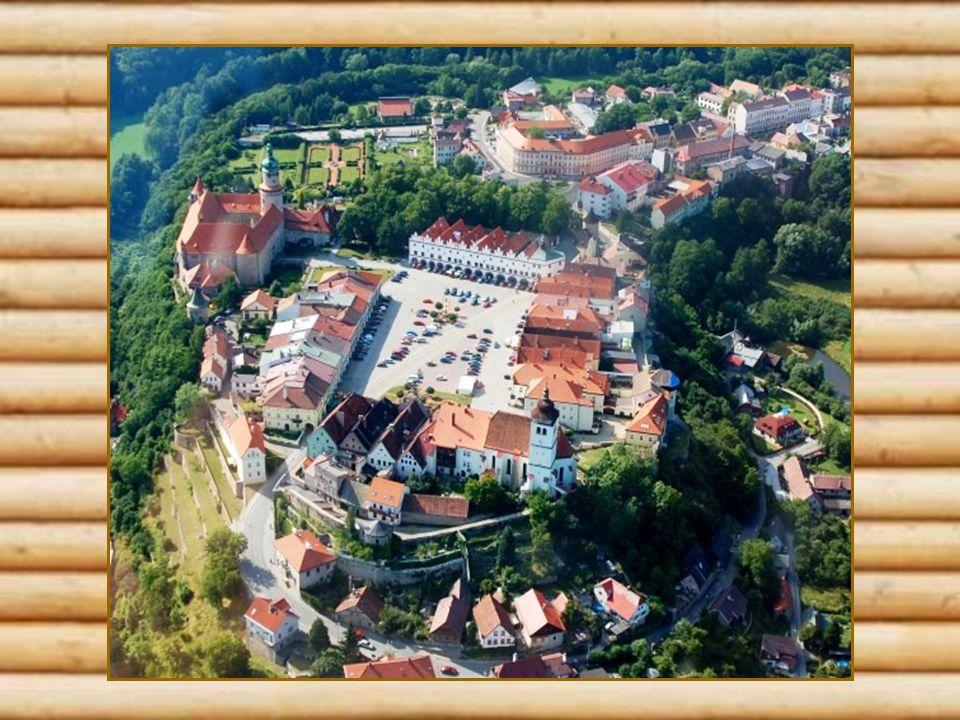 Nové Město nad Metují Bylo založeno v roce 1501 Janen Černčickým z Kácova.