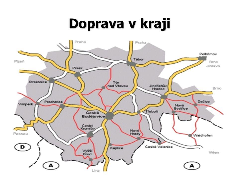 Povrch •nejvyšší bod: •nejvyšší bod: Plechý (1 378 m) •nejnižší bod: •nejnižší bod: hladina Orlické přehrady (350 m) •vodní toky: •vodní toky: Vltava (430,2 km), Lužnice (153 km (v ČR)), Otava (113 km), Blanice (93,3 km) Malše, (89,5 km (v ČR)) Nežárka, (56,2 km), … •vodní nádrže: •vodní nádrže: Lipno, Orlík, Hněvkovice, Římov, Husinec, Landštejn, Lipno II,… •Rybníky: •Rybníky: Rožmberk, Svět, Horusický rybník, Dvořiště, Bezdrev….