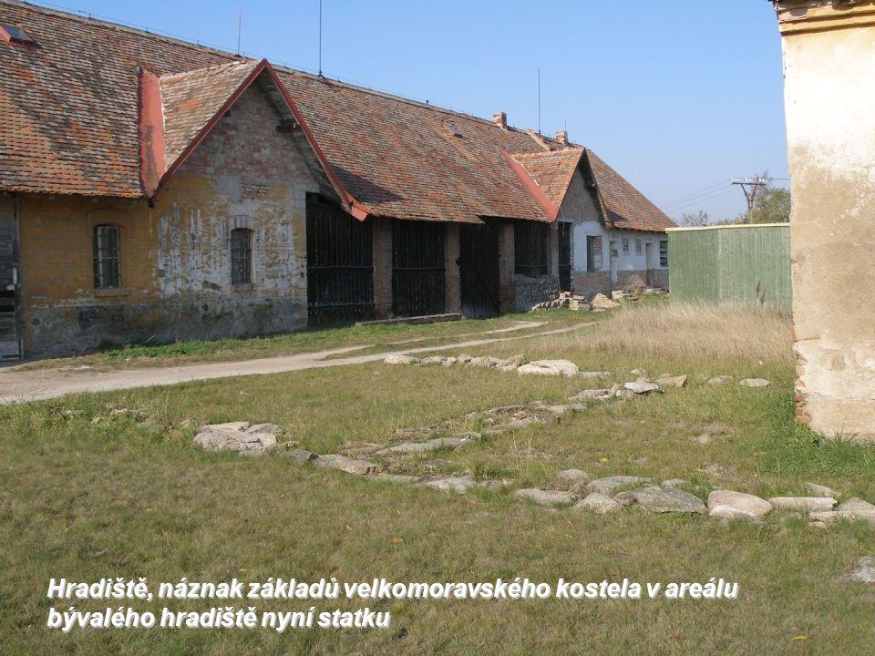 Hradiště, hřbitov