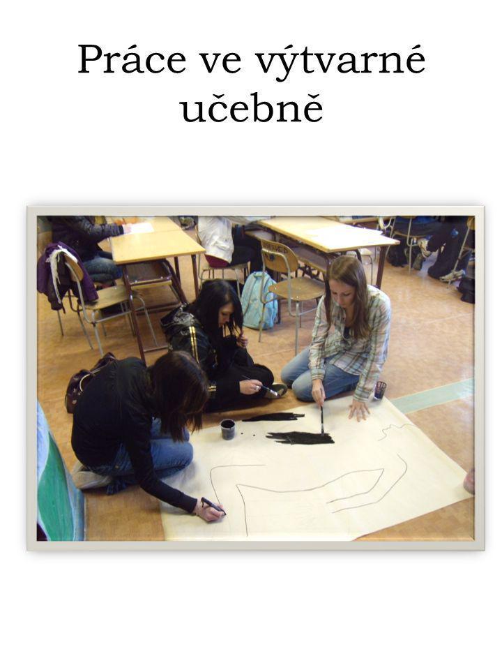 Práce ve výtvarné učebně