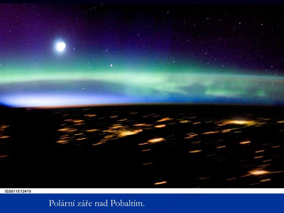 Polární záře nad Pobaltím.