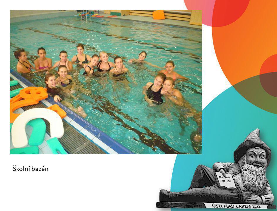 Školní bazén
