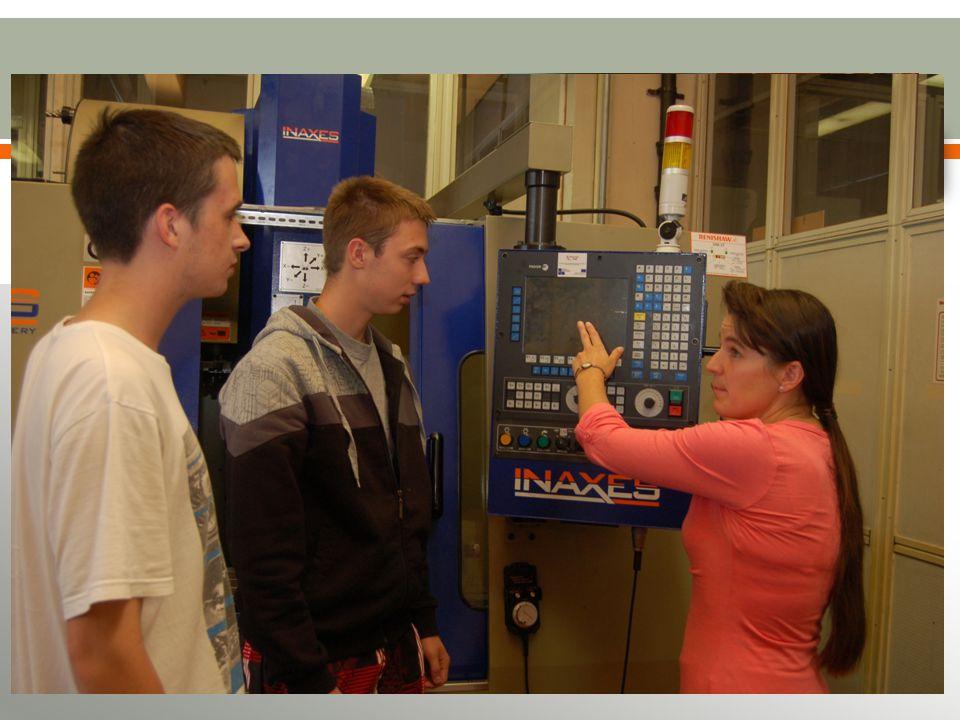 OBORY MATURITNÍ ČTYŘLETÉ Strojírenství se zaměřením na CAD/CAM systémy a jazyky Strojírenství se zaměřením na technickou fotografii Energetika Mechanik seřizovač Mechanik elektrotechnik Mechatronika