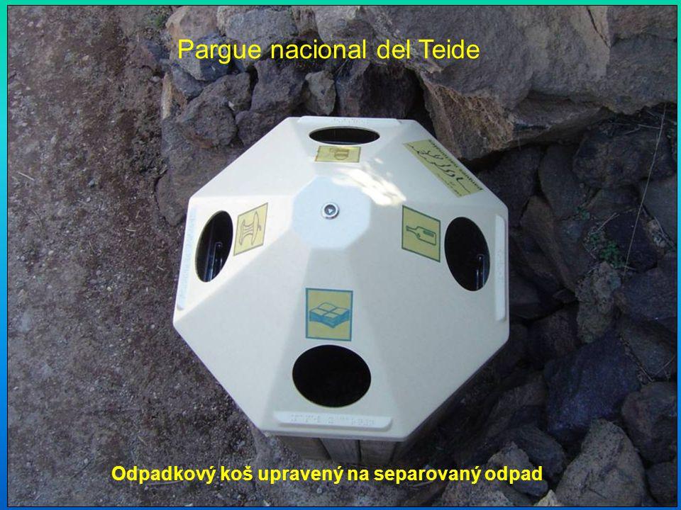 Pargue nacional del Teide Odpadkový koš upravený na separovaný odpad