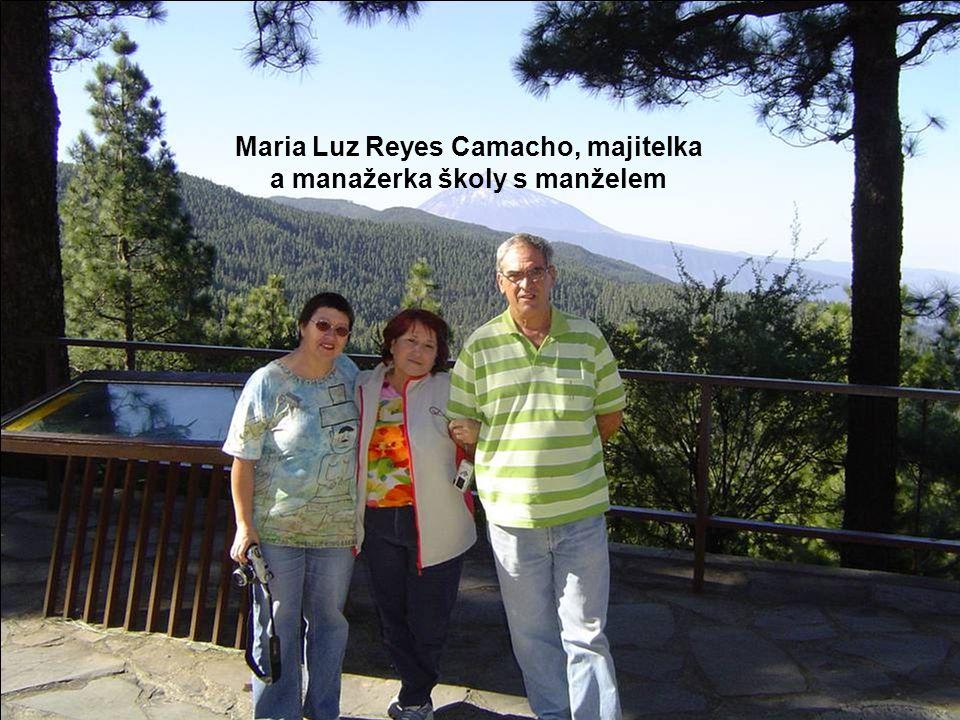 Pargue nacional del Teide Ukázka půdního profilu a podloží