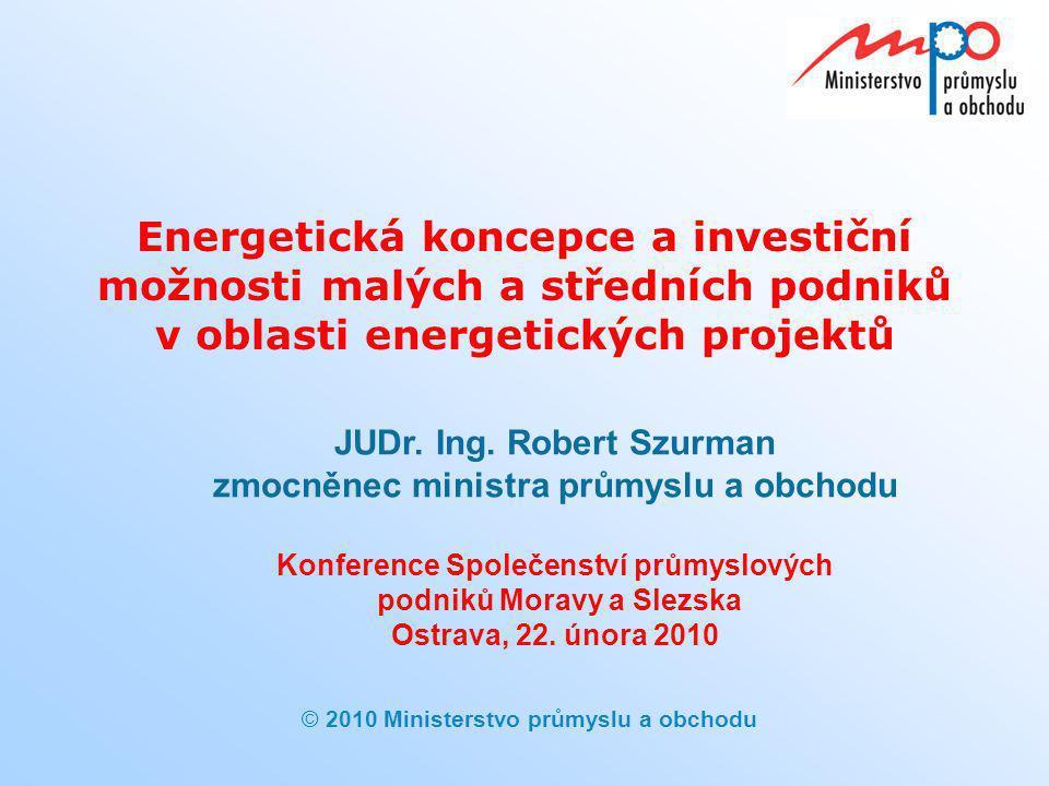  2010  Ministerstvo průmyslu a obchodu Potenciál OZE v ČR  Využití obnovitelných zdrojů energie bude odpovídat potenciálu danému reálnými geografickými a klimatickými podmínkami ČR včetně její malé rozlohy a s ohledem na zajištění potravinové bezpečnosti  Biomasa má v podmínkách ČR největší technicky využitelný potenciál z obnovitelných zdrojů pro výrobu elektřiny i tepla  Problémem je nedostatečně rozvinutý trh s cíleně pěstovanou energetickou biomasou  Rozvíjet se bude i solární, větrná a geotermální energie  Potenciál vodní energie je již z větší části vyčerpán 12