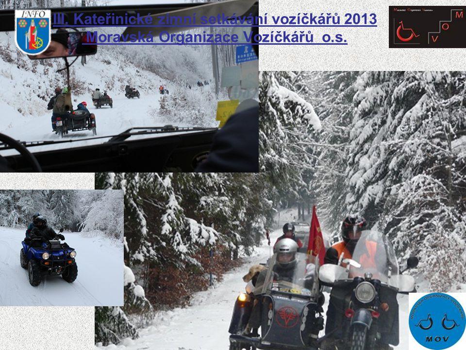 Projížďka byla situována po trasách lesů, kde nás potkali zvědaví lyžaři, kteří si fotili tyto stroje.