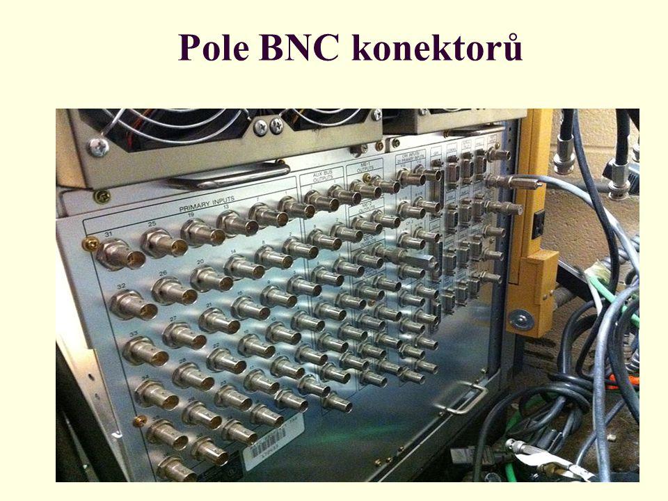 Pole BNC konektorů