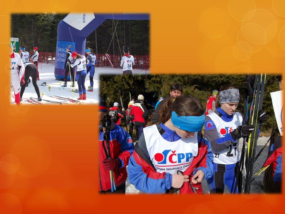 """Šárka Hasenkopfová  Prozradila:  """"Od 6 let jsem závodně lyžovala a obětovala jsem tomu spoustu času i na úkor známek ve škole.. Po deseti letech, že"""