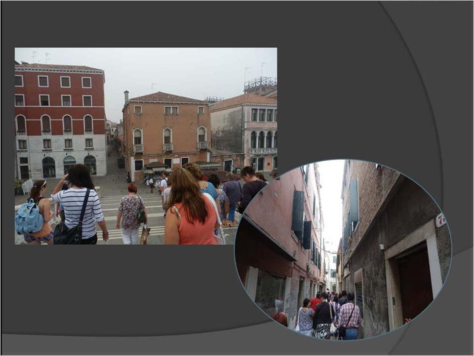 Poutní místo ve střední Itálii, v provincii Ancona oblasti Marche.