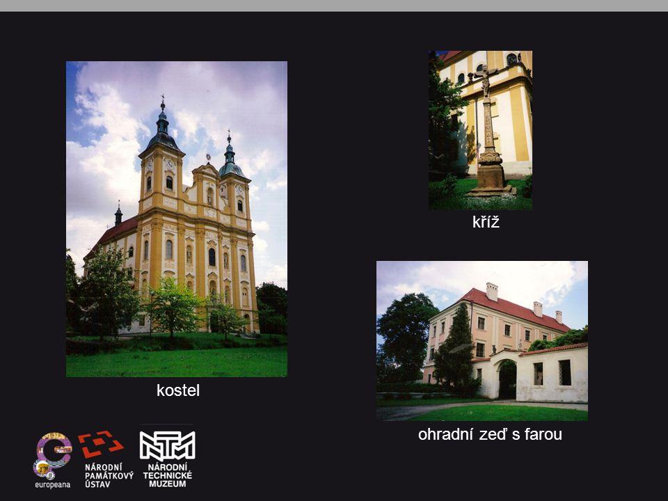 kostel kříž ohradní zeď s farou