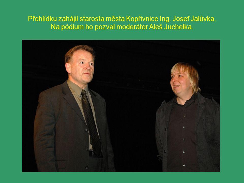 Přehlídku zahájil starosta města Kopřivnice Ing. Josef Jalůvka.