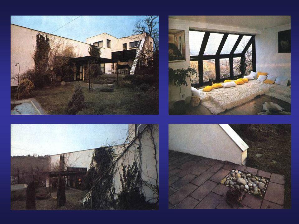 ŘADOVÉ RODINNÉ DOMY NA HŘEBENKÁCH V PRAZE 5 •V rámci družstva pro výstavbu rodinných domků se v roce 1973 vytvořil tým 18ti stavebníků.