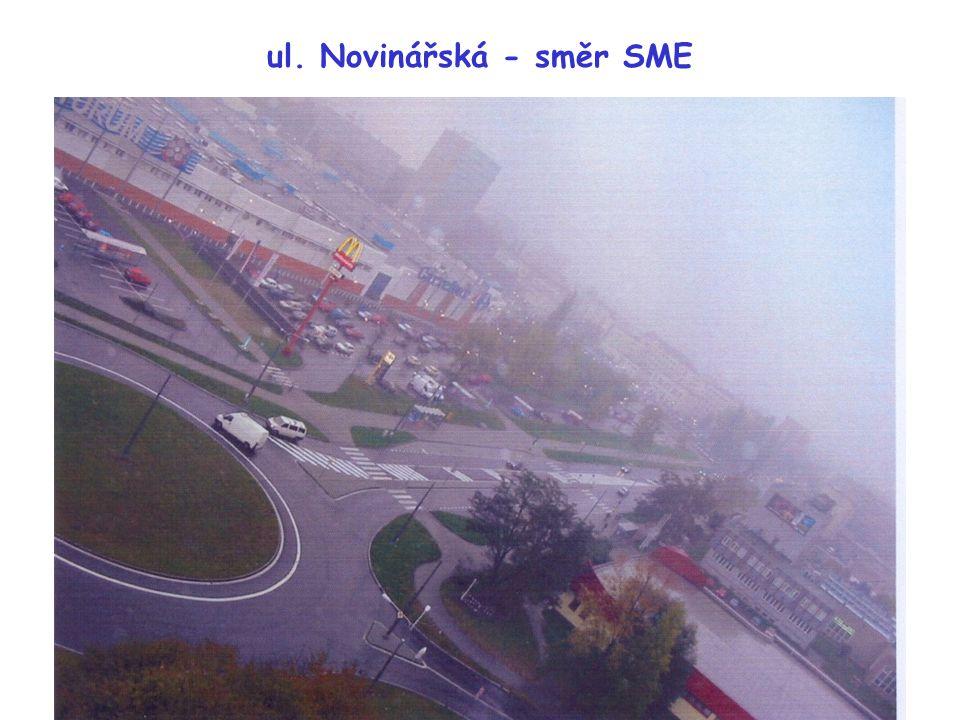 """ul. Novinářská - směr SME Chybí stop čáry (V6a) a """"šrafy"""" (V13) na prstenci"""