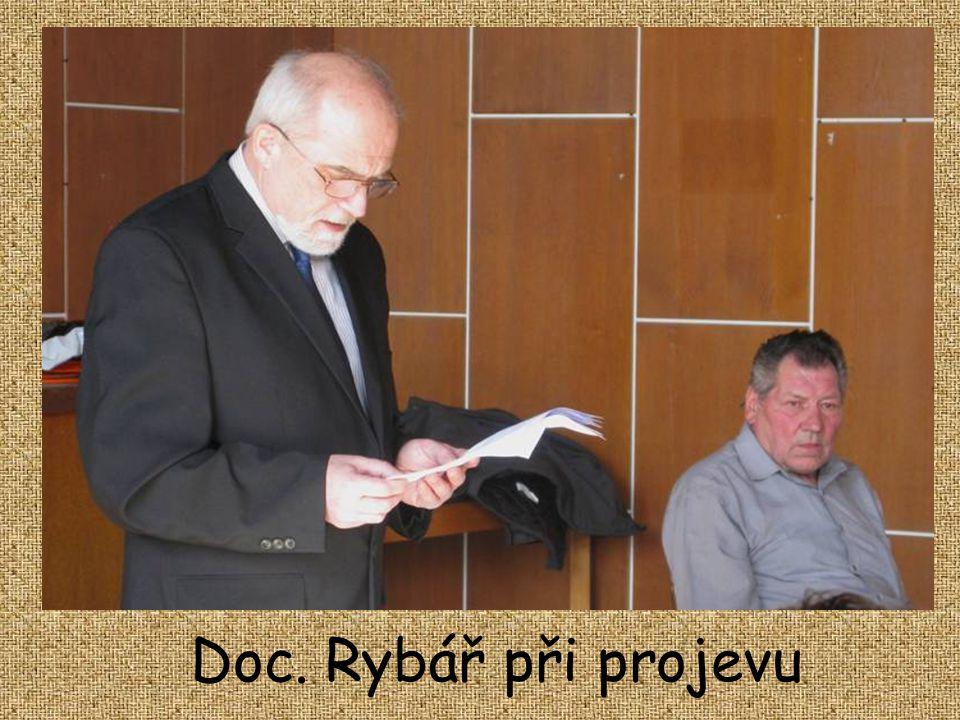 Výroční schůzi zahájil stávající předseda, doc.ing. Rudolf Rybář,CSc. Kytička pro Vás. Neočekávejte, že je život spravedlivý. Neočekávejte, že je živo