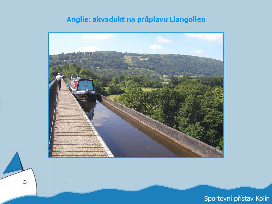 Anglie: akvadukt na průplavu Llangollen