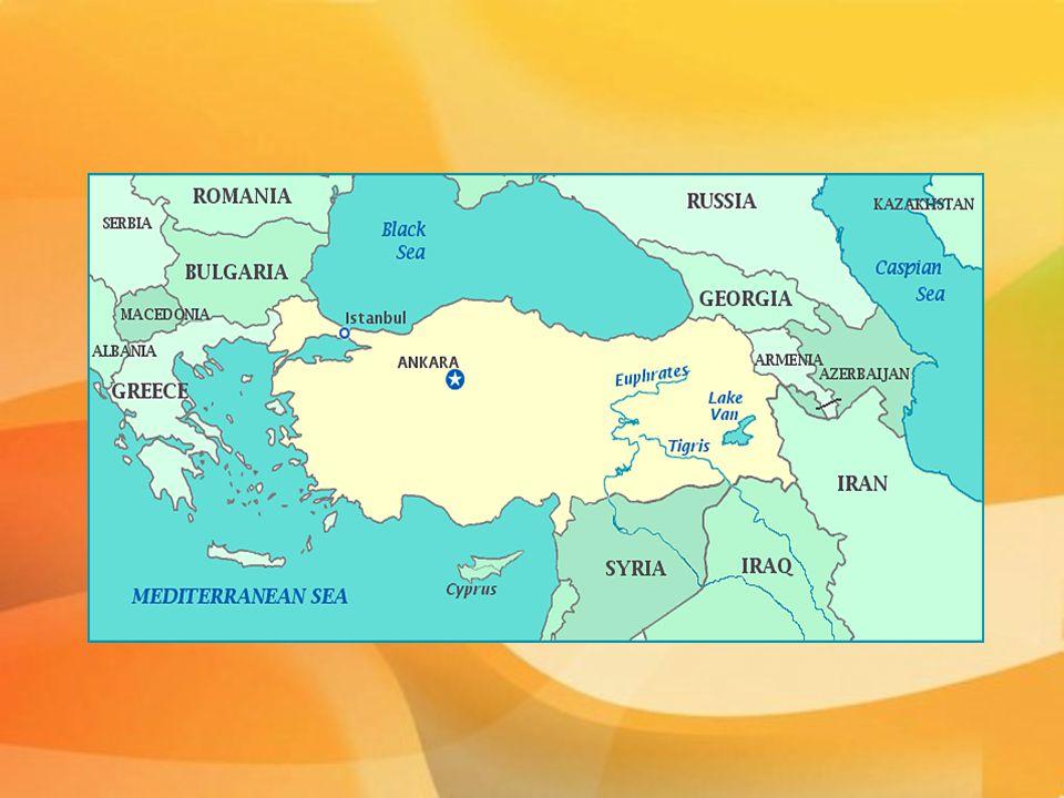 Historické souvislosti  Zakládající stát OSN  1949 - členem Rady Evropy  1952 - vstoupilo do NATO  1961 - člen Organizace pro hospodářskou spolupráci a rozvoj (OECD) spolupráci a rozvoj (OECD)  1963 - podpis Asociační dohody  1994 - mezi Tureckem a ES byla vytvořena celní unie vytvořena celní unie